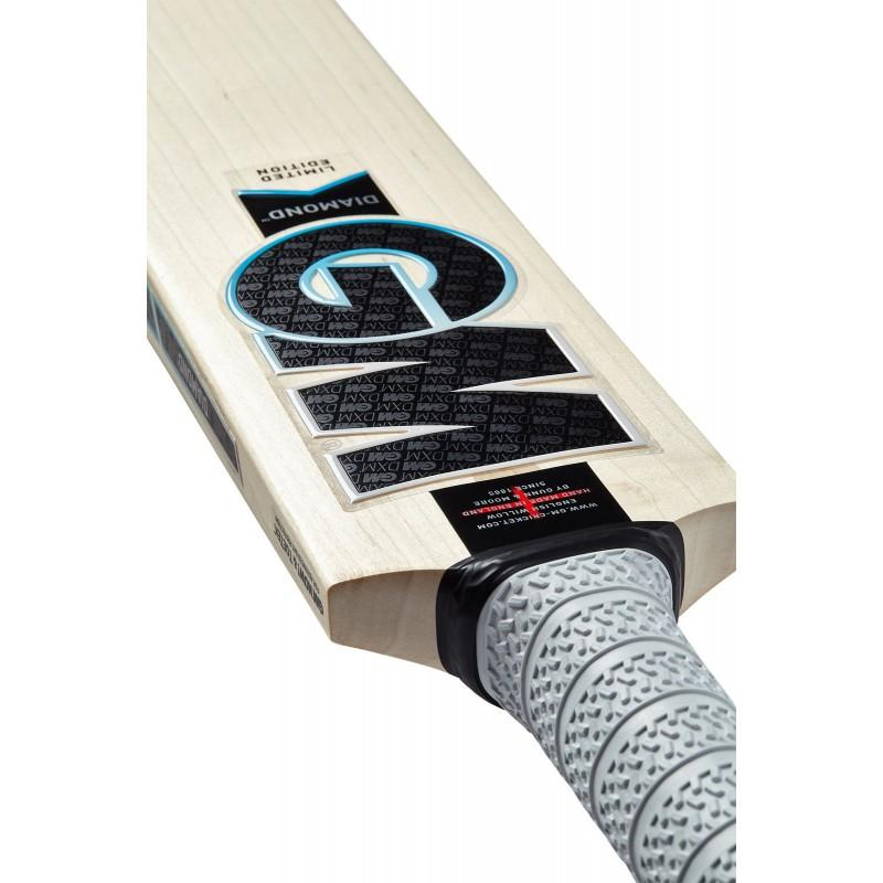GM Diamond 909 Junior Cricket Bat (2020)