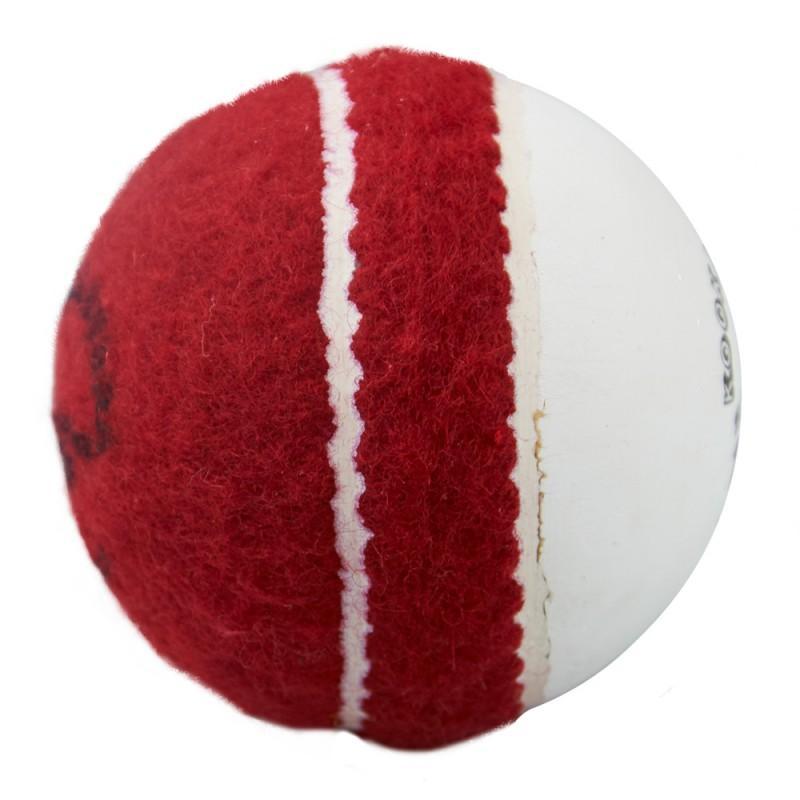 Kookaburra Super Coach Swing Demon Ball (2020)
